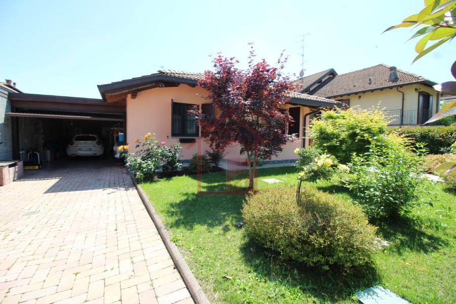 Caresanablot Villa in vendita