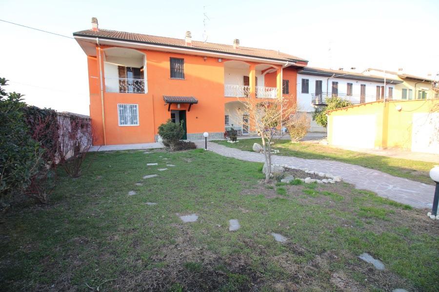 Prarolo Villa Bifamiliare in vendita