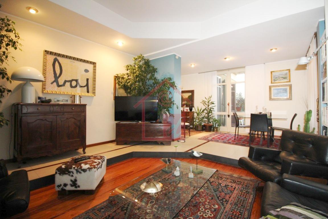 VERCELLI appartamento in villa in vendita