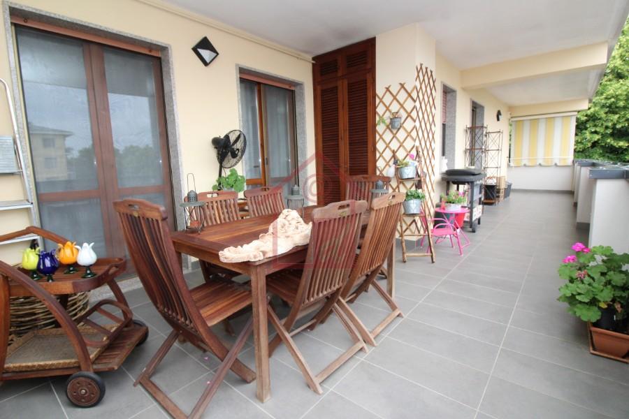 Vercelli semicentro, Attico con terrazzo