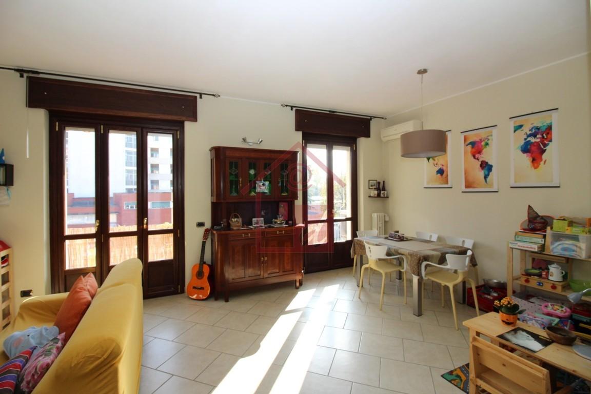 VERCELLI Appartamento ristrutturato in via Trino